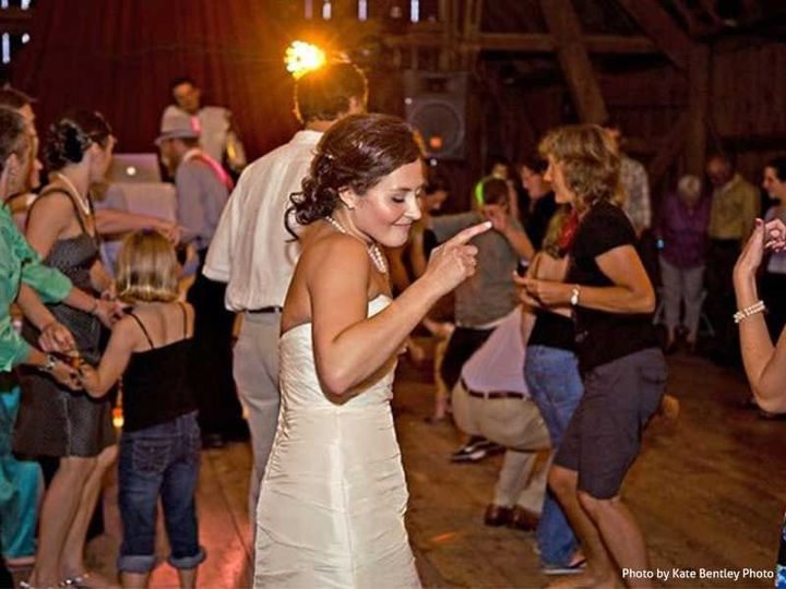 2cd000d04b9bfb7c dance barn