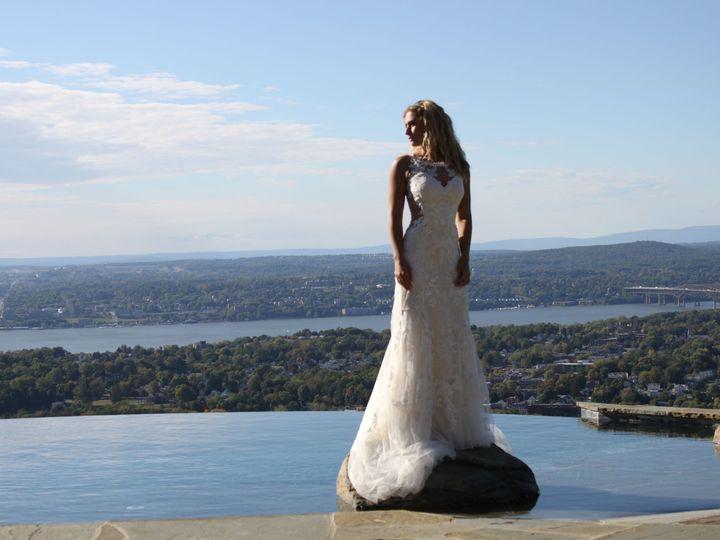 Tmx 1529507760 De5532e741cb506c 1529507758 0fa6cdb666dbdfdf 1529507755406 13 IMG 9910 Beacon, NY wedding dress