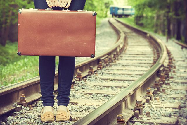 517fa27ab5238453 suitcase pic copy
