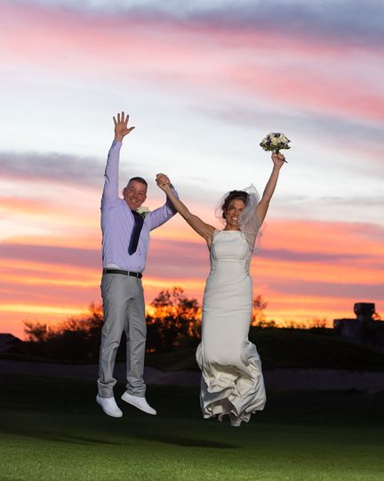 96b9f08c498a0bef Sunset Wedding CWLIFE