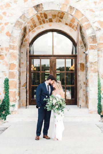 Couple in front of Villa Firen