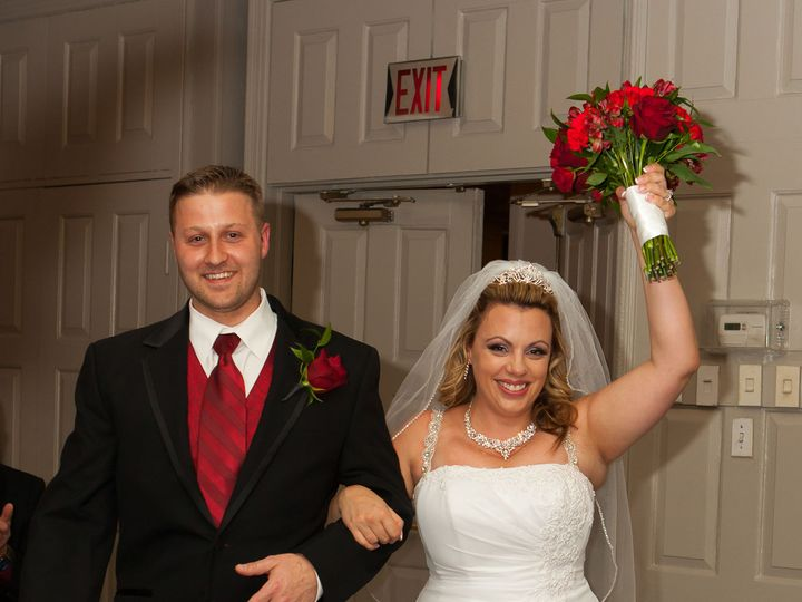 Tmx 1526910263 76f871357c1f0228 1526910261 E86f03660abbecb6 1526910261331 8 Curran 2 Monroe, CT wedding dj