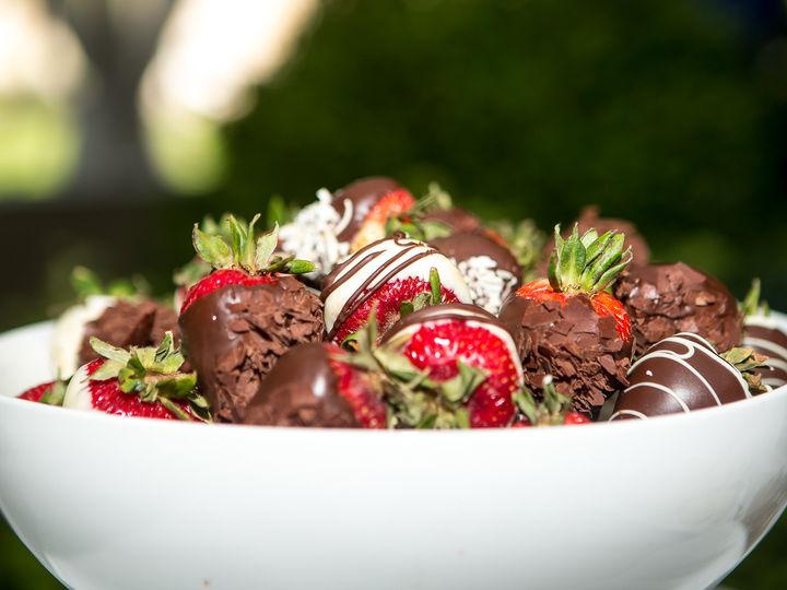Tmx 1506903264197 Chocolate Strawberries Chagrin Falls, OH wedding venue