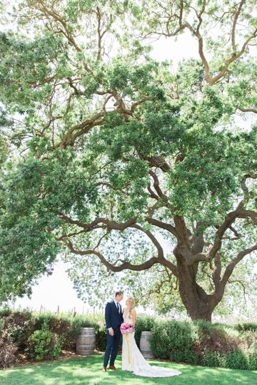 Get married under oak trees
