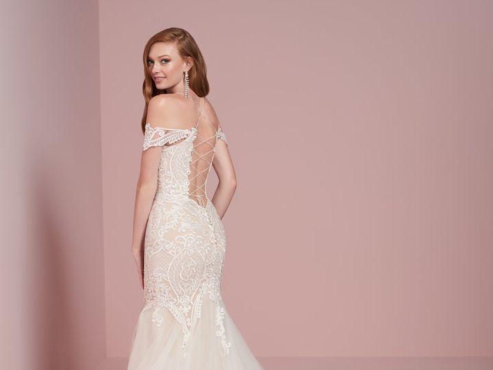 Tmx Christina Wu 15724 Back 51 5886 161323308265122 Mechanicsburg, Pennsylvania wedding dress