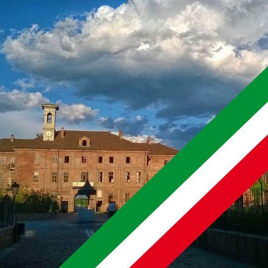 2acd15fd3b74032e logo italian