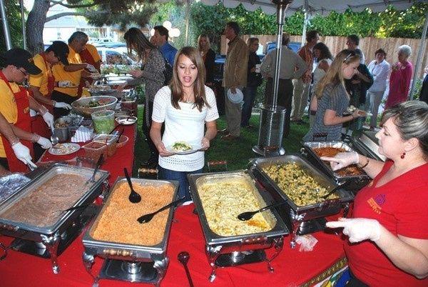 La Taquiza Catering buffet