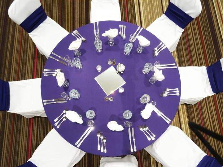 c68130d7a5a40884 1472138057508 banquet table