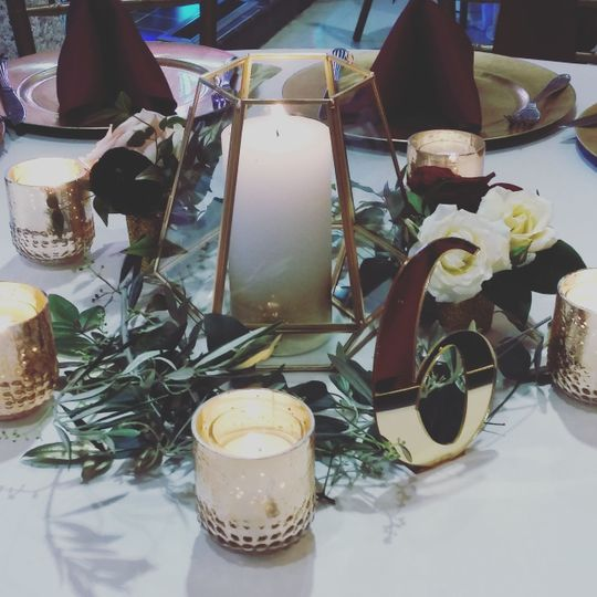 Centerpiece with gold and marcella highlights