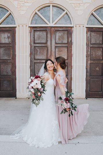 Mauve, blush and burgundy wedd