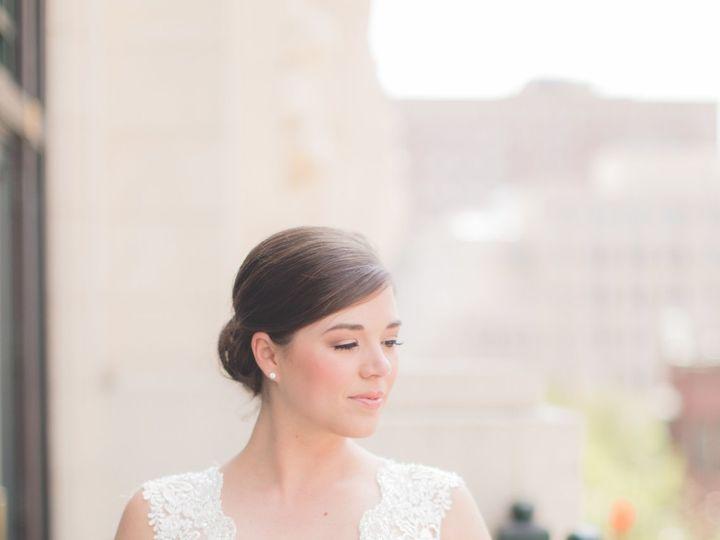 Tmx 1520480131 F98b410feaf38334 1520480127 95cdb684dada82da 1520480118360 3 DOW BRIDAL076 Fort Worth, TX wedding florist