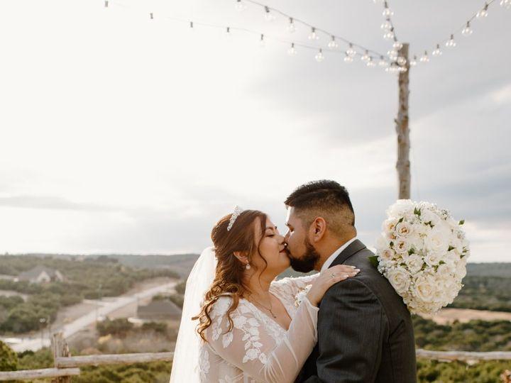 Tmx Thumbnail Image 2 51 61986 161002745245339 Fort Worth, TX wedding florist