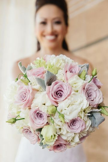 Rose and Lisianthus  Bouquet