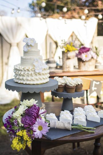 Find everything you need for your wedding, from lighting options to cake trays and displays,...