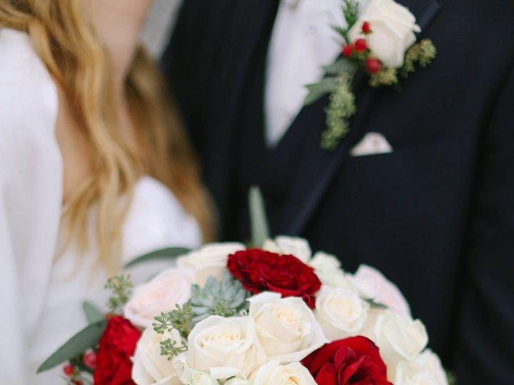 Tmx 1486610336191 1557828212526577081136101246359581198856903o Auburn Hills, Michigan wedding florist