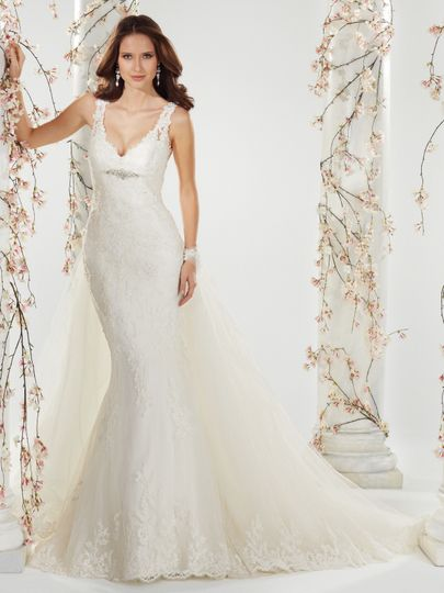 Gorgeous lace gown from Sophia Tolli can be found at Bella Amore Bridal in Bossier City, Shreveport.