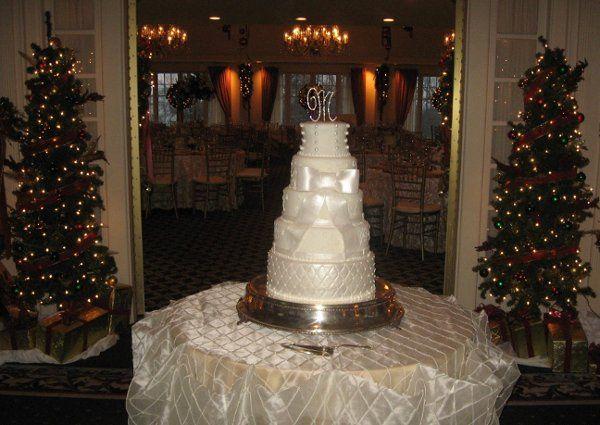 Tmx 1332786510912 33469310150488570147974448844629738640646649101240o Titusville wedding cake