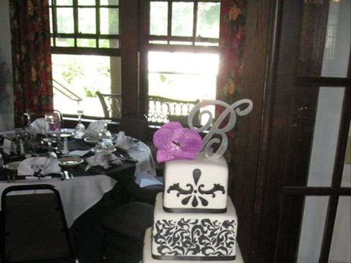 Tmx 1332786583211 363434127536129734488446297344555477005002n Titusville wedding cake