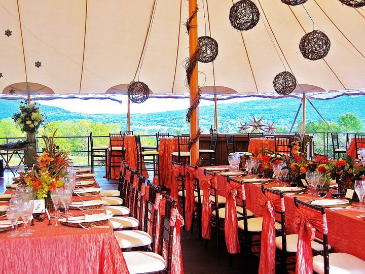 Table and tent decor