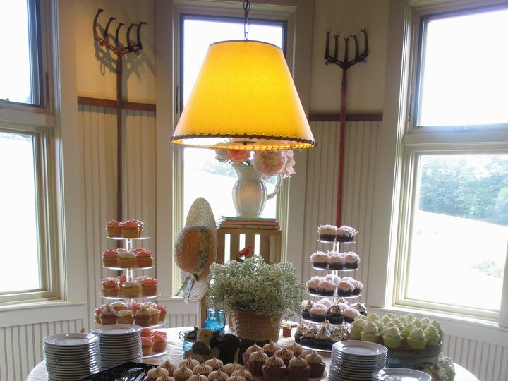 Tmx 1469203422969 Gibbet Hill Rustic Cupcake Display Groton wedding cake