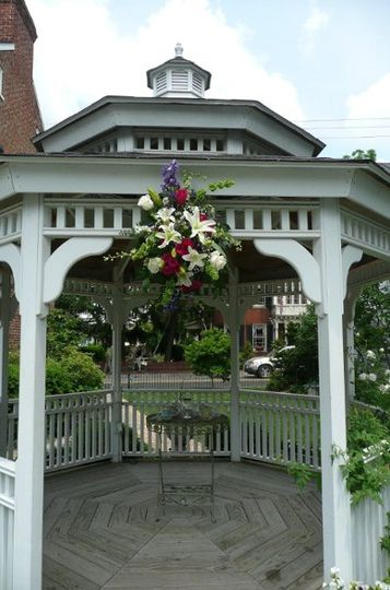 Floral swag on Gazebo ceremony site at Thomas Birkby House in Leesburg, Virginia