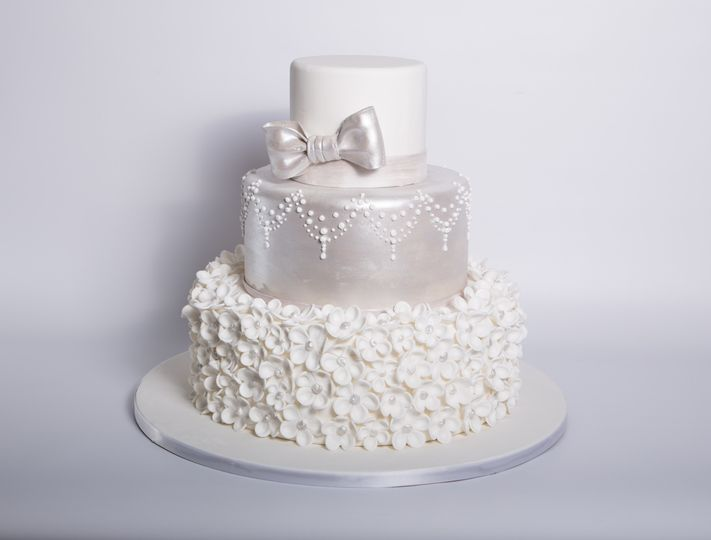 Carlo S Bakery Wedding Cake Hoboken Nj Weddingwire