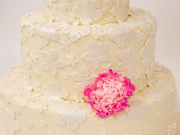 Tmx 1415998938931 W554 2 Hoboken wedding cake