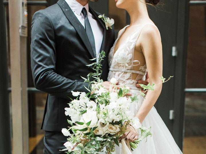 Tmx Bashfulcaptures 049 Bc2 5450 51 1018096 V2 Brooklyn, New York wedding florist