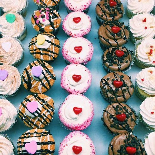 426db88644fc127e 1532466601 39b12538619dcc3d 1532466600793 14 cupcakes