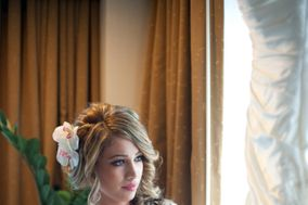 Lacey Alagia Hair + Makeup Artistry