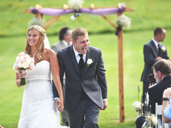 Tmx 1520422019 125670efe8e2c37d 1480705979314 Dsc2629 Elm Grove, WI wedding videography