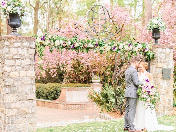 Tmx Dsc 1354 51 913196 1557246799 Smithfield, VA wedding florist
