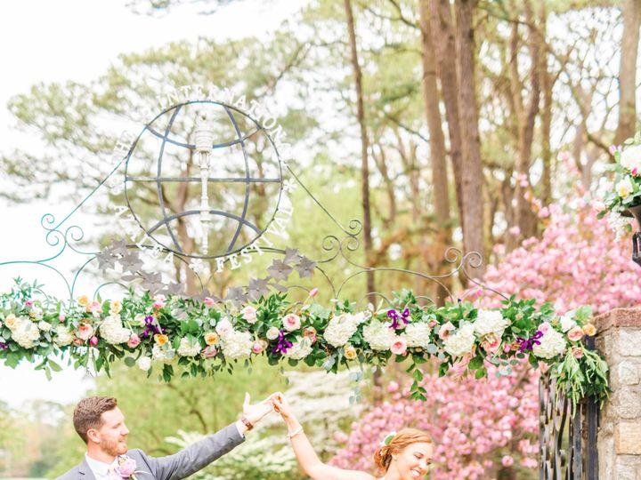 Tmx Dsc 1468 51 913196 1557246809 Smithfield, VA wedding florist