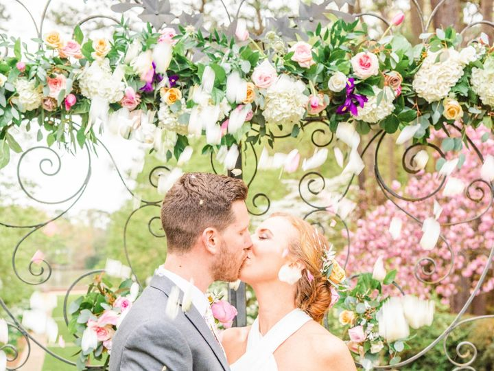 Tmx Dsc 1797 51 913196 1557246810 Smithfield, VA wedding florist