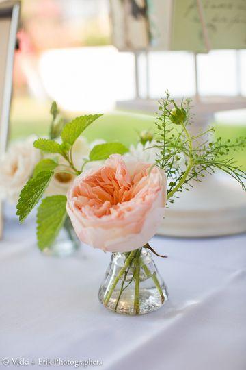 Single flower centerpiece