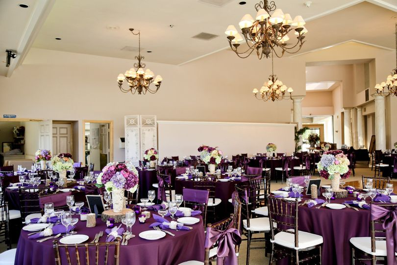 Violet table decor
