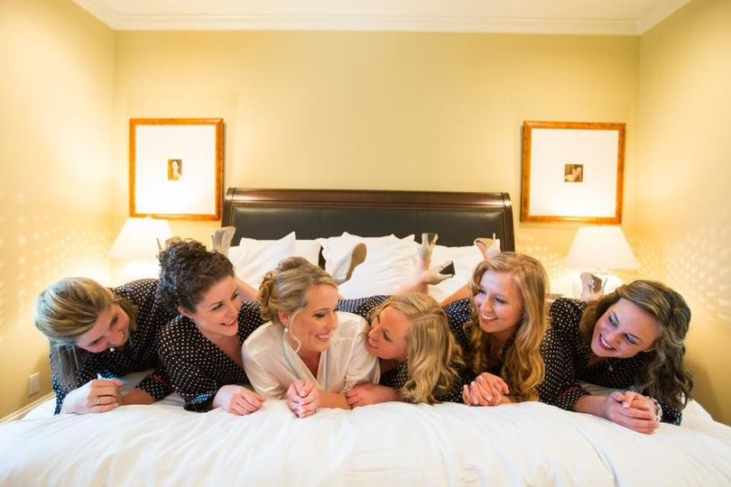Bridesmaids in one of our luxury accommodations - Aaron Watson Photography