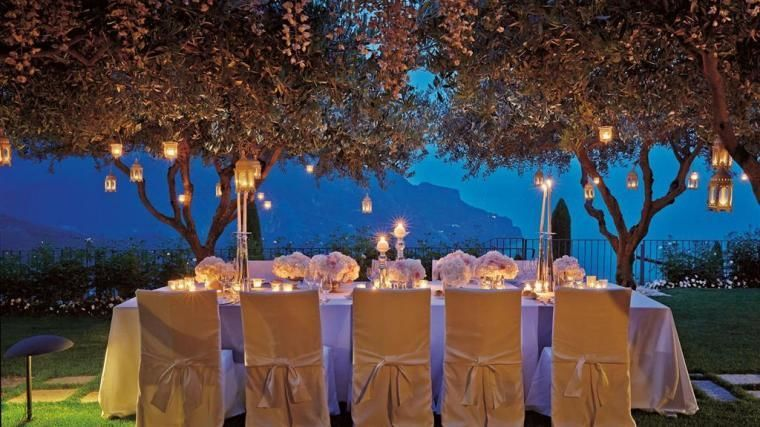 Wedding at Hotel Caruso, outdoor setting