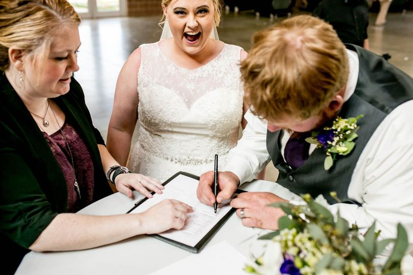 Signing the marriage contract