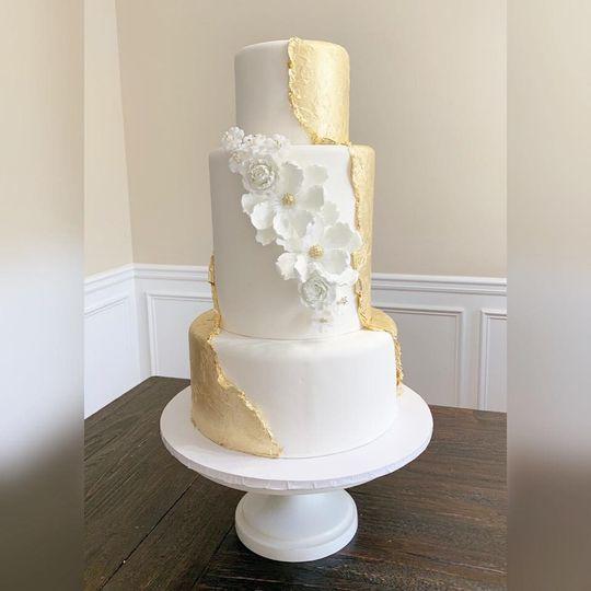 24k gold leaf cake