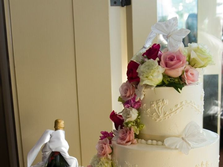 Tmx 1495413187237 Wedding Cake 50 Buford, Georgia wedding cake