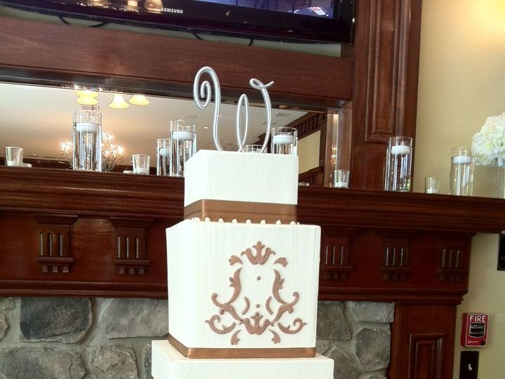 Tmx 1495413647423 Wedding Cake 26 Buford, Georgia wedding cake