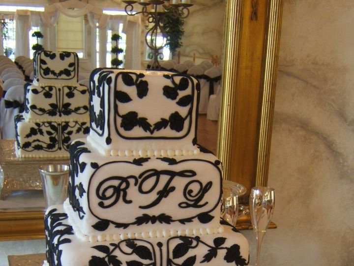 Tmx 1495413713661 Wedding Cake 36 Buford, Georgia wedding cake