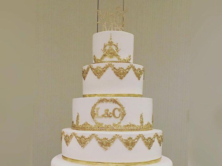 Tmx 22281641 1325635040881955 398841490041102172 N 1 51 970296 V1 Buford, Georgia wedding cake