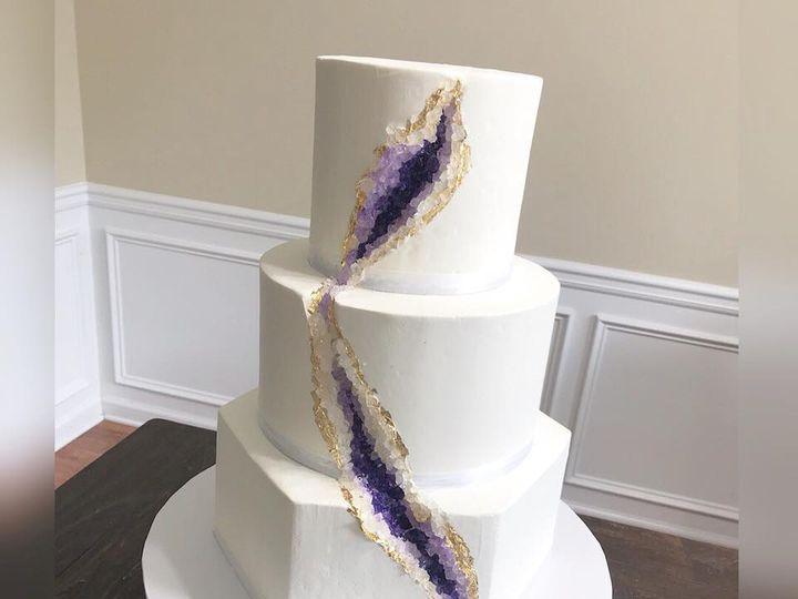 Tmx 31958161 1516288748483249 8399694276958617600 N 1 51 970296 V1 Buford, Georgia wedding cake