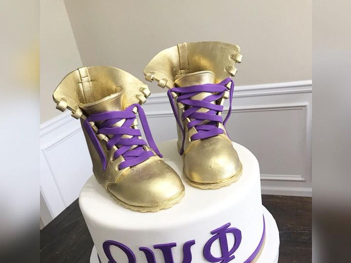 Tmx 41841702 1688103224635133 6438489206036627456 N 51 970296 V1 Buford, Georgia wedding cake