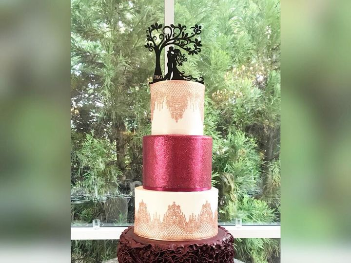 Tmx 42362263 1696628043782651 7258431701594931200 N 51 970296 V1 Buford, Georgia wedding cake
