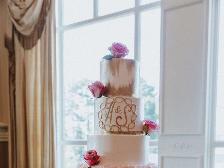 Tmx Ayah Mostafa This Modern Love Photography 51 970296 1556123956 Buford, Georgia wedding cake