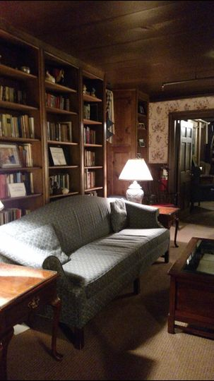 One of our public spaces, the library, in the Beekman Arms.