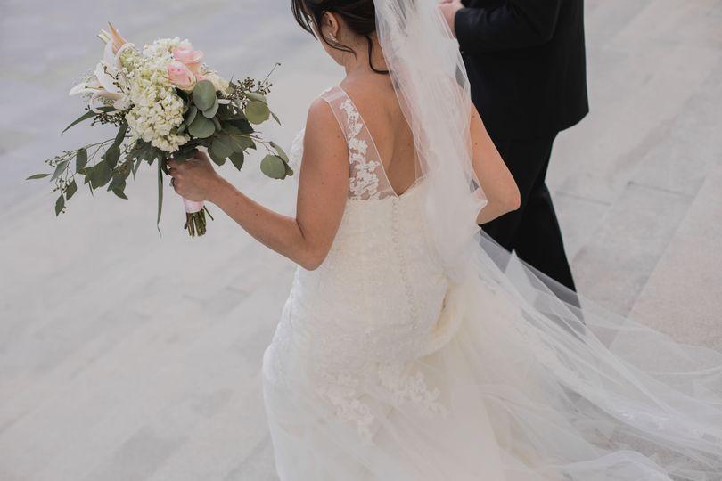 b095651681ce7a22 1533794983 3971359b6d9bde49 1533794970389 6 Balinski Wedding 4
